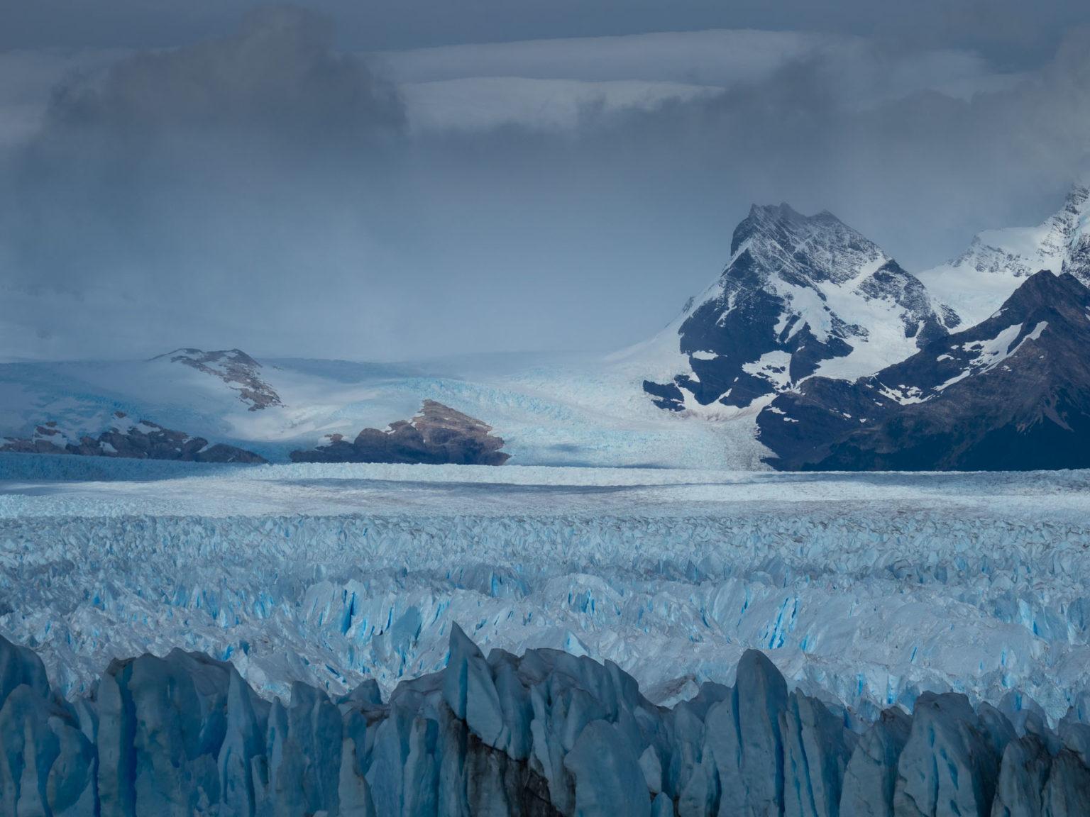 Gletschereis, so weit das Auge reicht