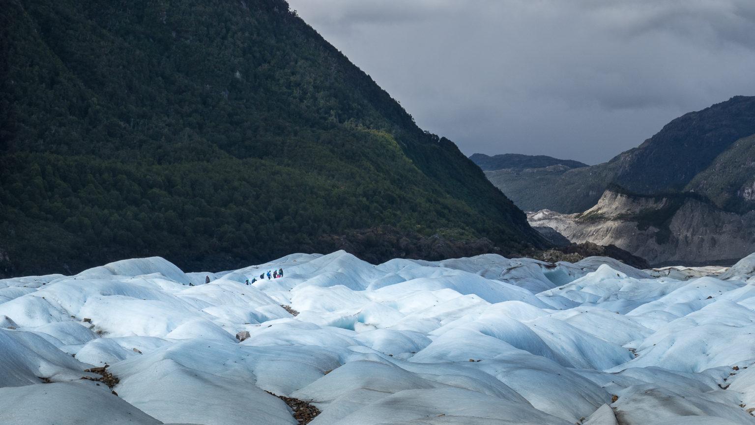Endloses unwegsames Gletschereis