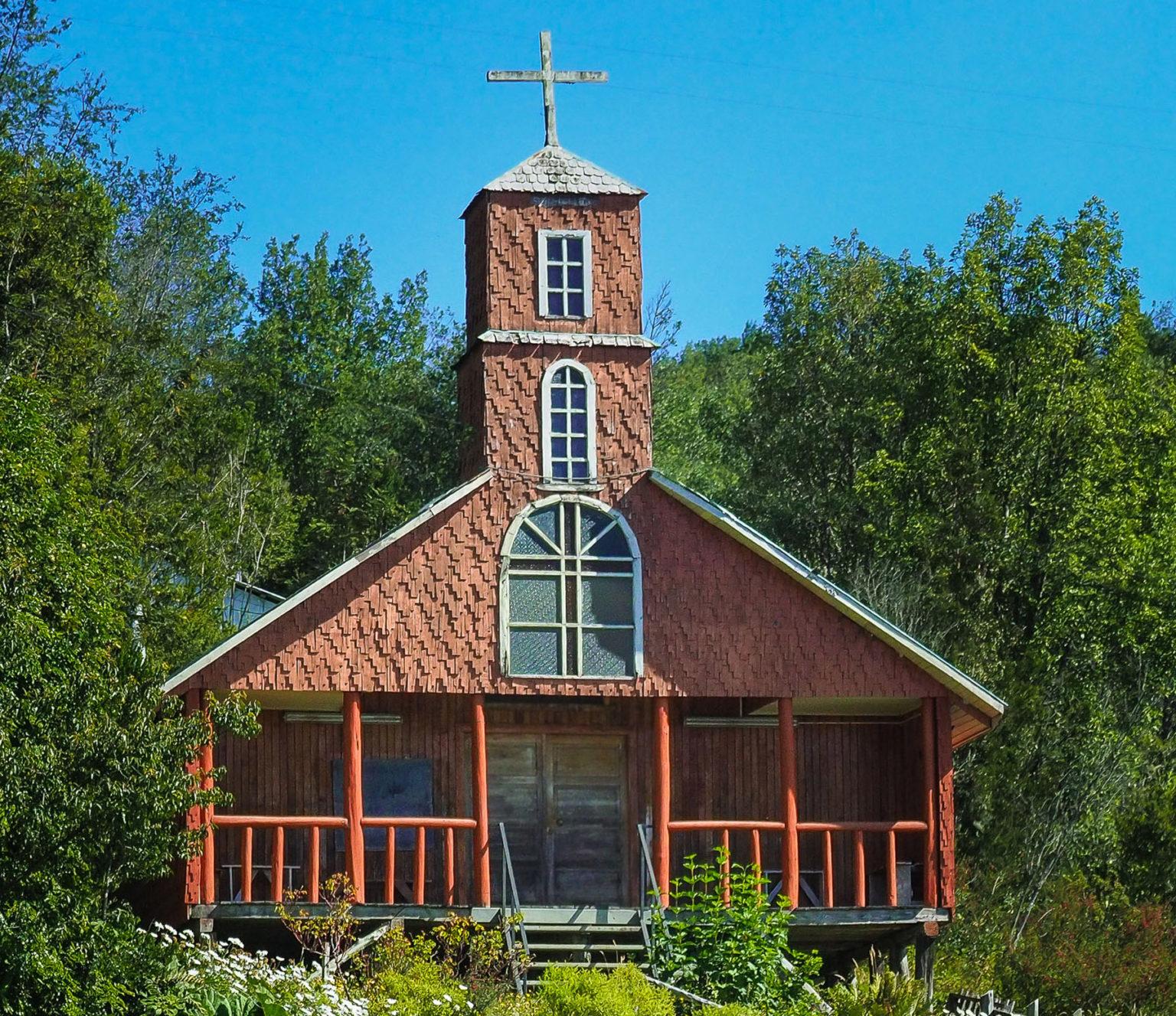 Eine von etwas 150 alten Holzkirchen auf Chiloe